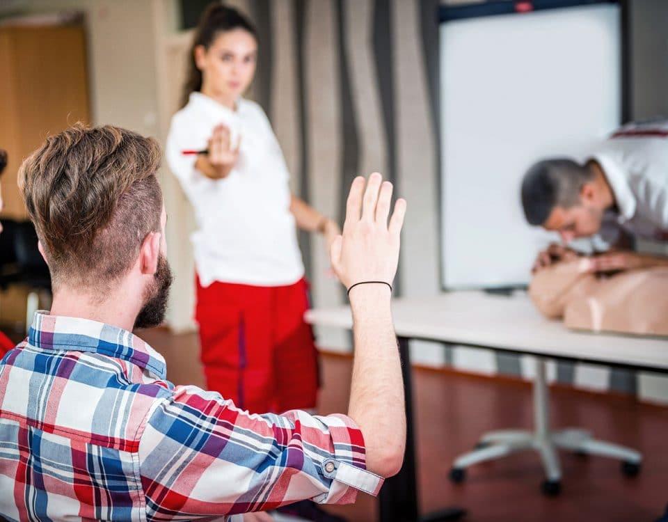 Erste Hilfe Kurs mit Trainer
